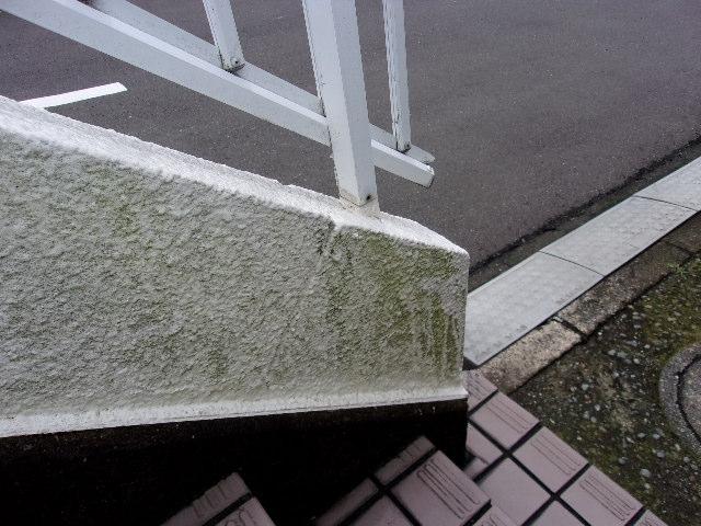 屋外階段の施工前の画像